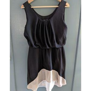 Sleeveless waist dress